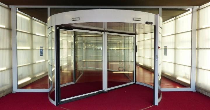 puertas giratorias en bilderberg